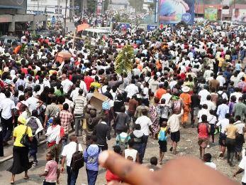 La population de Goma manifestent leur joie sur la rumeur de la mort de Kagame