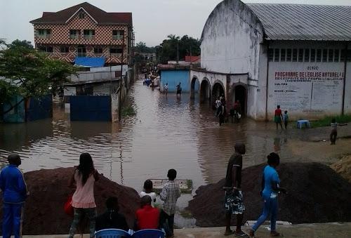 Le quartier environnant la rivière Ndjili